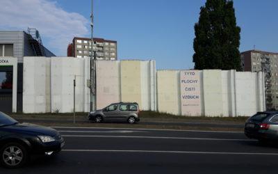 Barrandovská stěna – již pět let zabijákem motorů